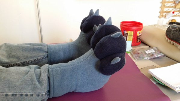 Fleece Footpaws