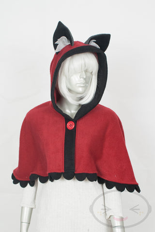 Red Wolf Capelet - Hood and Tail