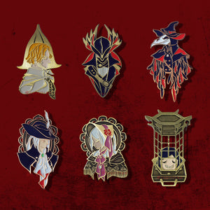 Bloodborne: Eileen the Crow Pin