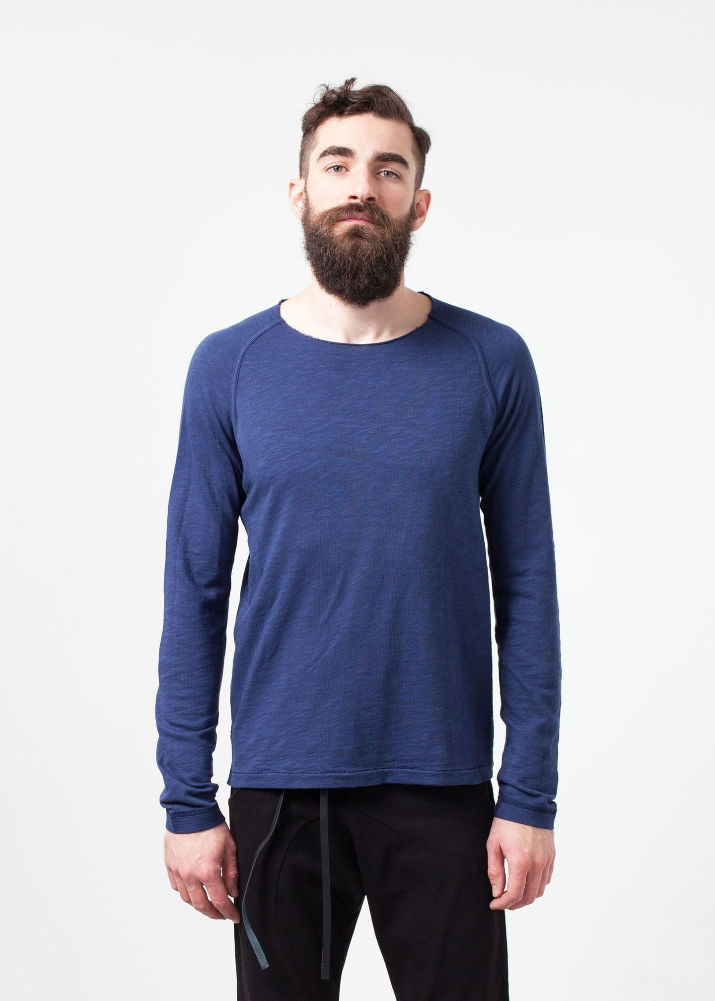 Daris Tee in Blue
