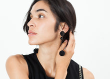 Load image into Gallery viewer, Drop Cluster Earring in Black