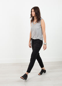 Stretch Fitted Pant in Black