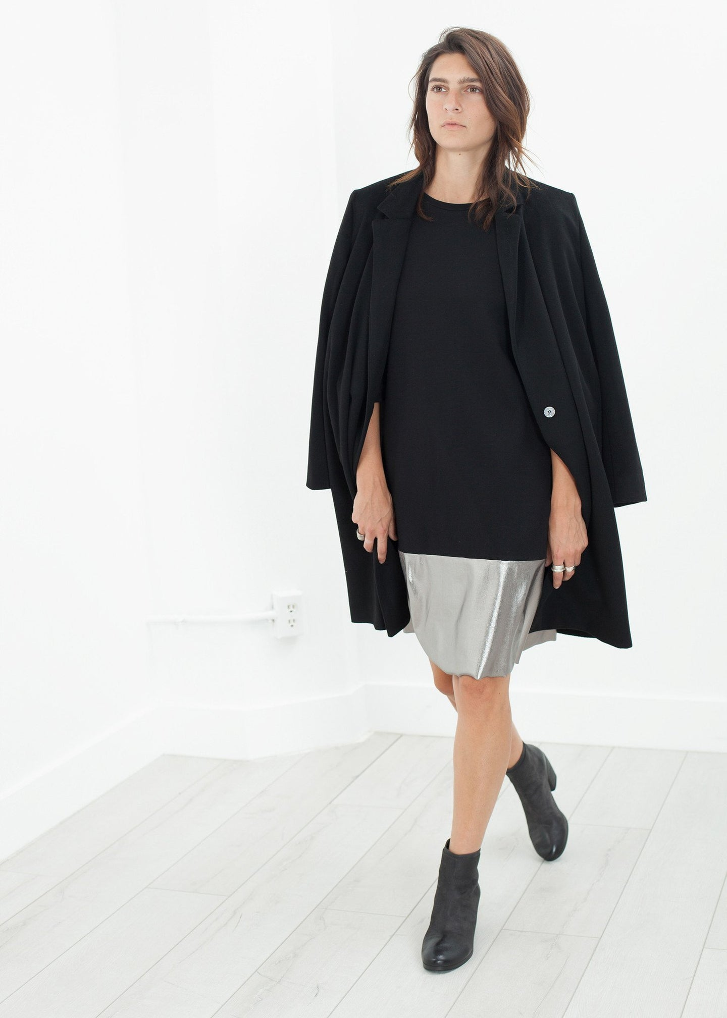 Border Dress in Black/Silver