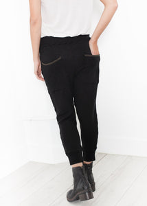 Highsoft Cropped Sweat in Black
