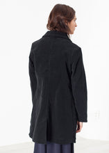 Load image into Gallery viewer, Griffon Coat in Black