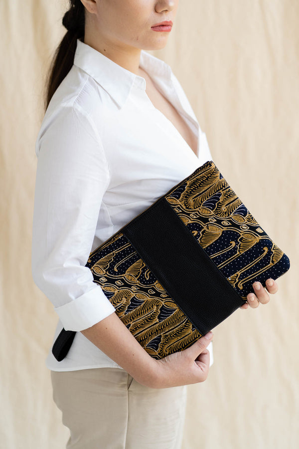 Signature Clutch | Maharaja