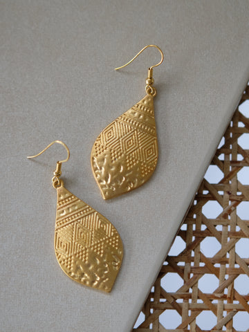 Ode to Six - Amya Earrings