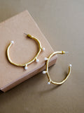 V - Eurys Hoop Earrings (Medium)
