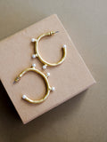 V - Eurys Hoop Earrings (Small)