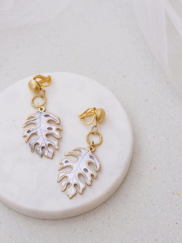 Aloha White - Piedra Earrings