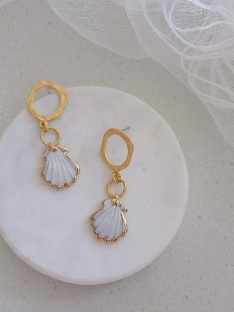Aloha White - Marakei Earrings