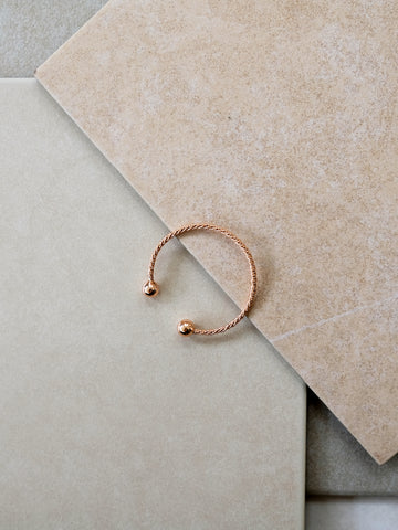 V Holiday - Behira Bangle