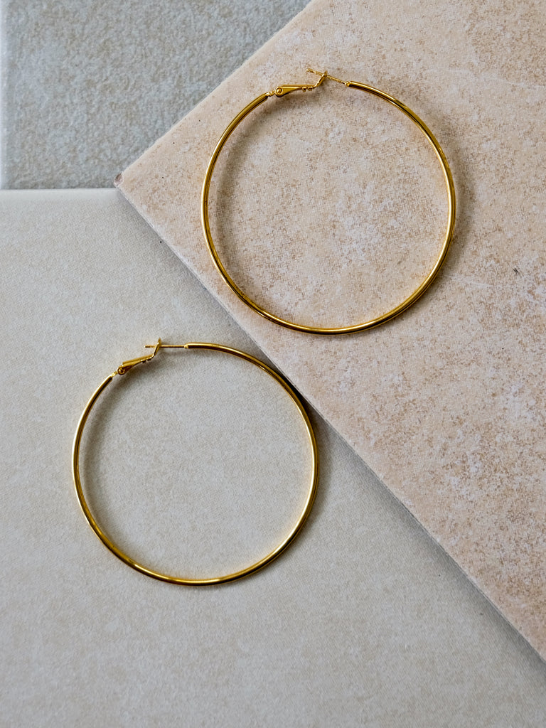 V Holiday - Tovi Earrings (Medium)