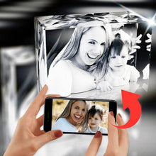 Load image into Gallery viewer, Family Dream Maker, 3D Crystals