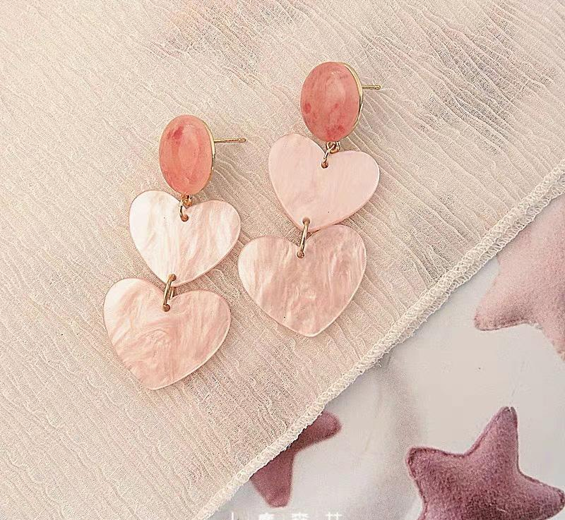 Jewelry Store - Cute Girl Pink Heart Earrings