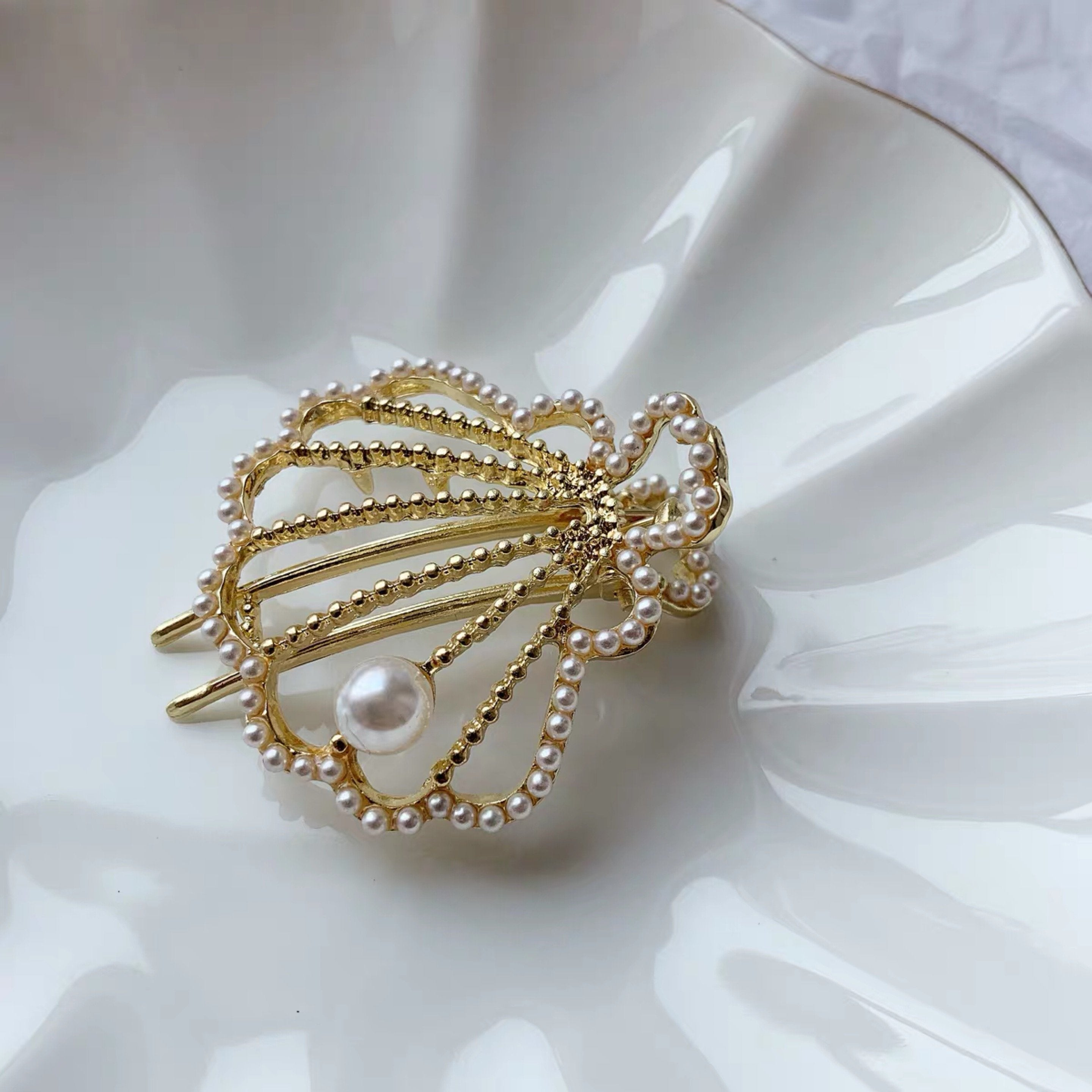 Jewelry Store - Palace Shell Pearls Hairpin Clip