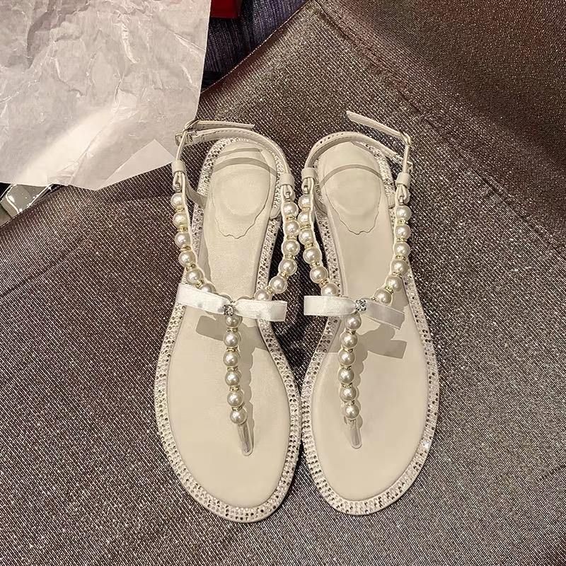 Shoes - 2019 Summer Pearls Toes Sandals In White On The Sea Beach