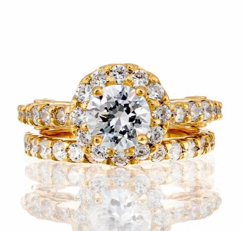 cubic zirconia | round cut halo bridal set | Boutique CZ