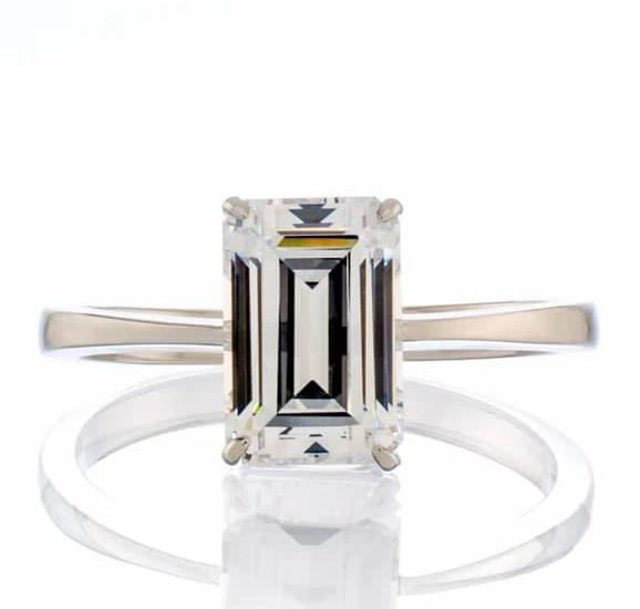 3 CARAT EMERALD CUT CUBIC ZIRCONIA SOLITAIRE ENGAGEMENT RING
