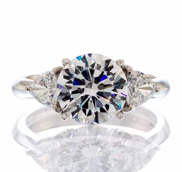 BRILLIANT ROUND TRIANGLE CUT CUBIC ZIRCONIA ENGAGEMENT RING