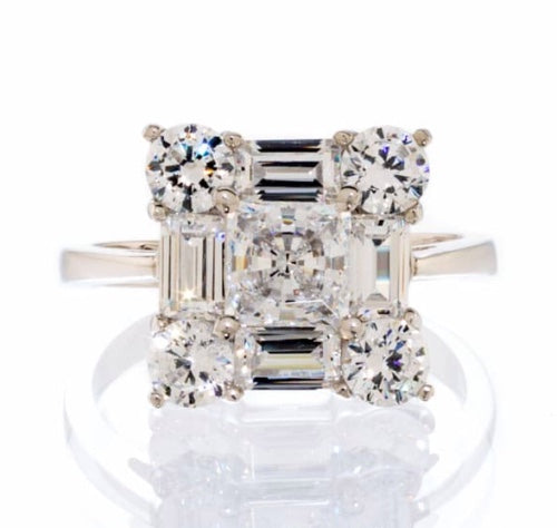 UNIQUE FANCY SQUARE ENGAGEMENT RING IMAGE