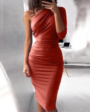 Sexy Oblique Shoulder Solid Color Package Hip Dress (4 Colors)
