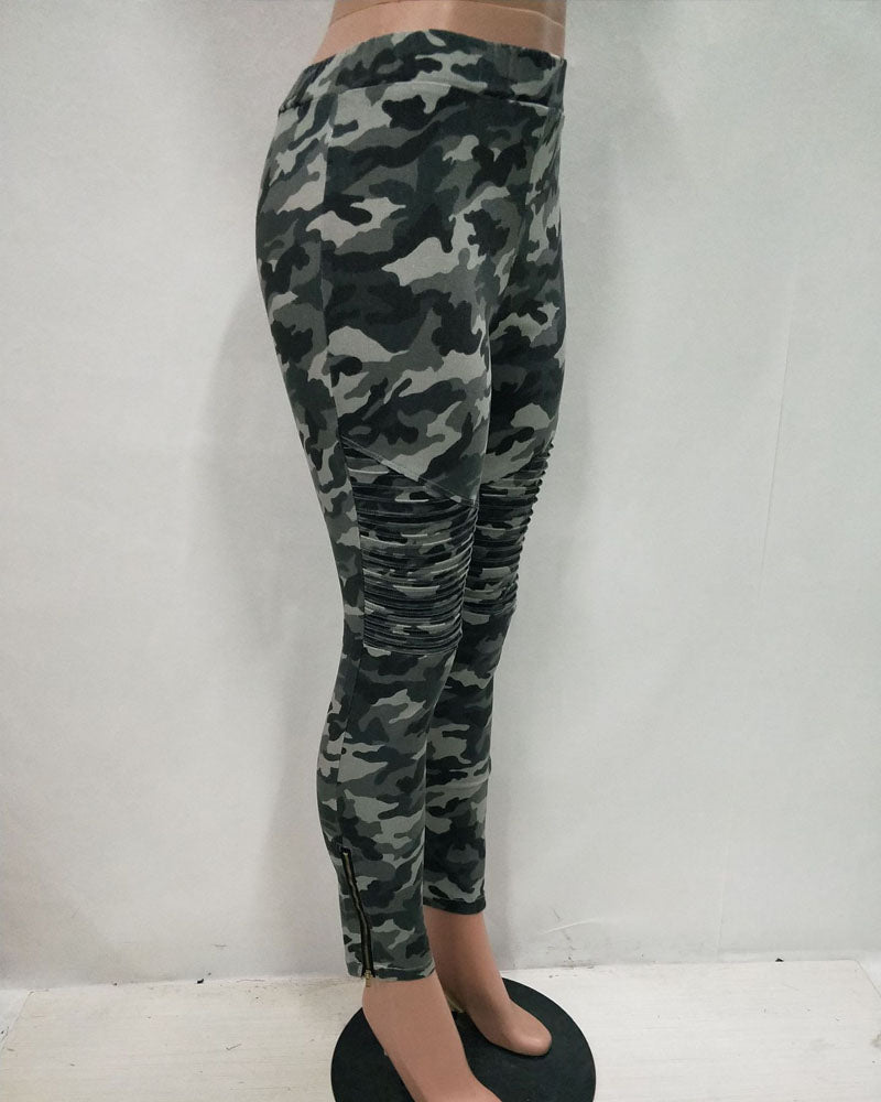 Weststylish Tight-Fitting Camouflage Denim Pants