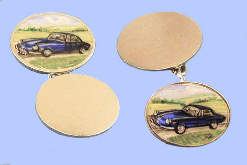 Pair of Gold Cufflinks Hand-Enamelled with a Vintage Car