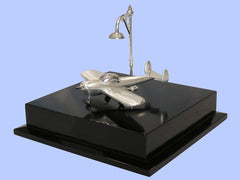 Silver Model of the Alon Aircoup with Street Lamp