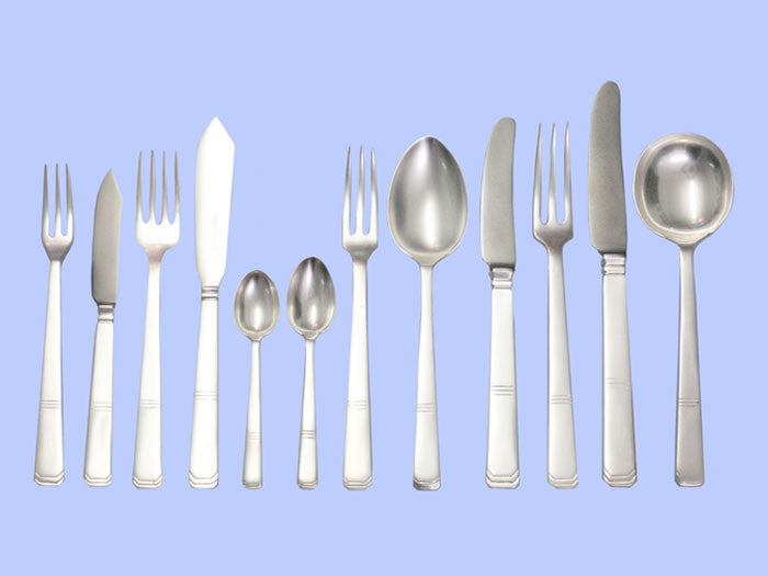 *Art Deco* - Exceptional Silver-Plated Flatware Service