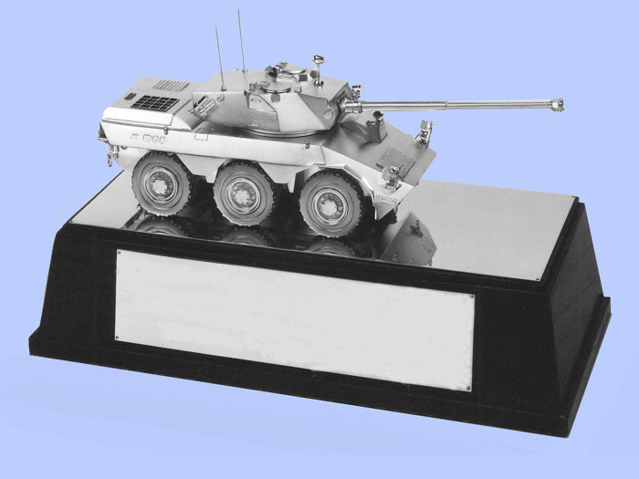Silver Model of the Saviem Self-Propelled Gun