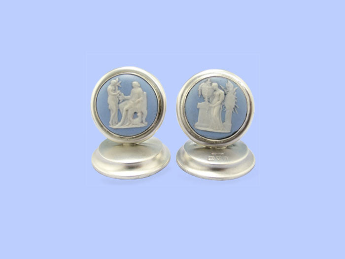 Pair of Edwardian Silver Placecard Holders with Wedgwood Discs