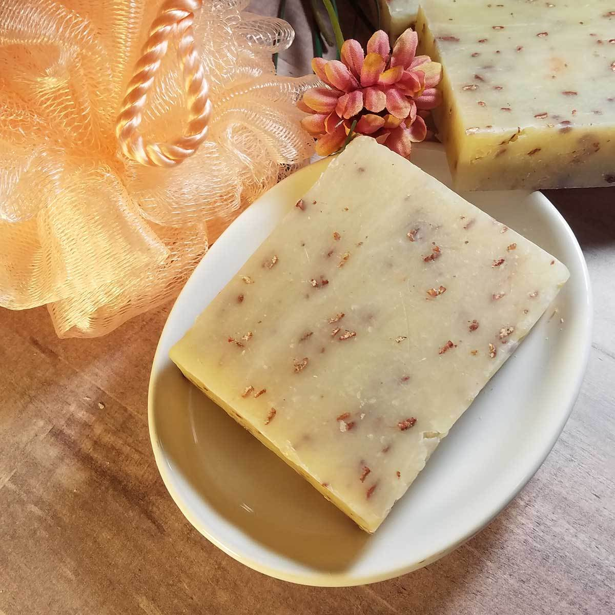 Wildflowers & Oatmeal Handmade Soap
