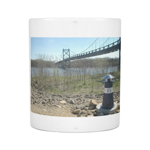 RIVERFRONT MINI LIGHTHOUSE 11 OUNCE COFFEE MUG
