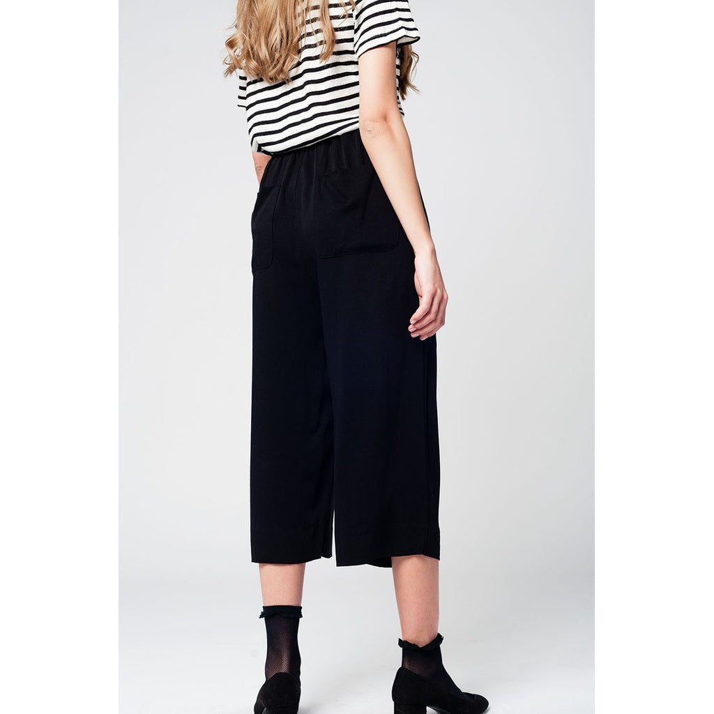 Black culotte with tie waist and stretch back