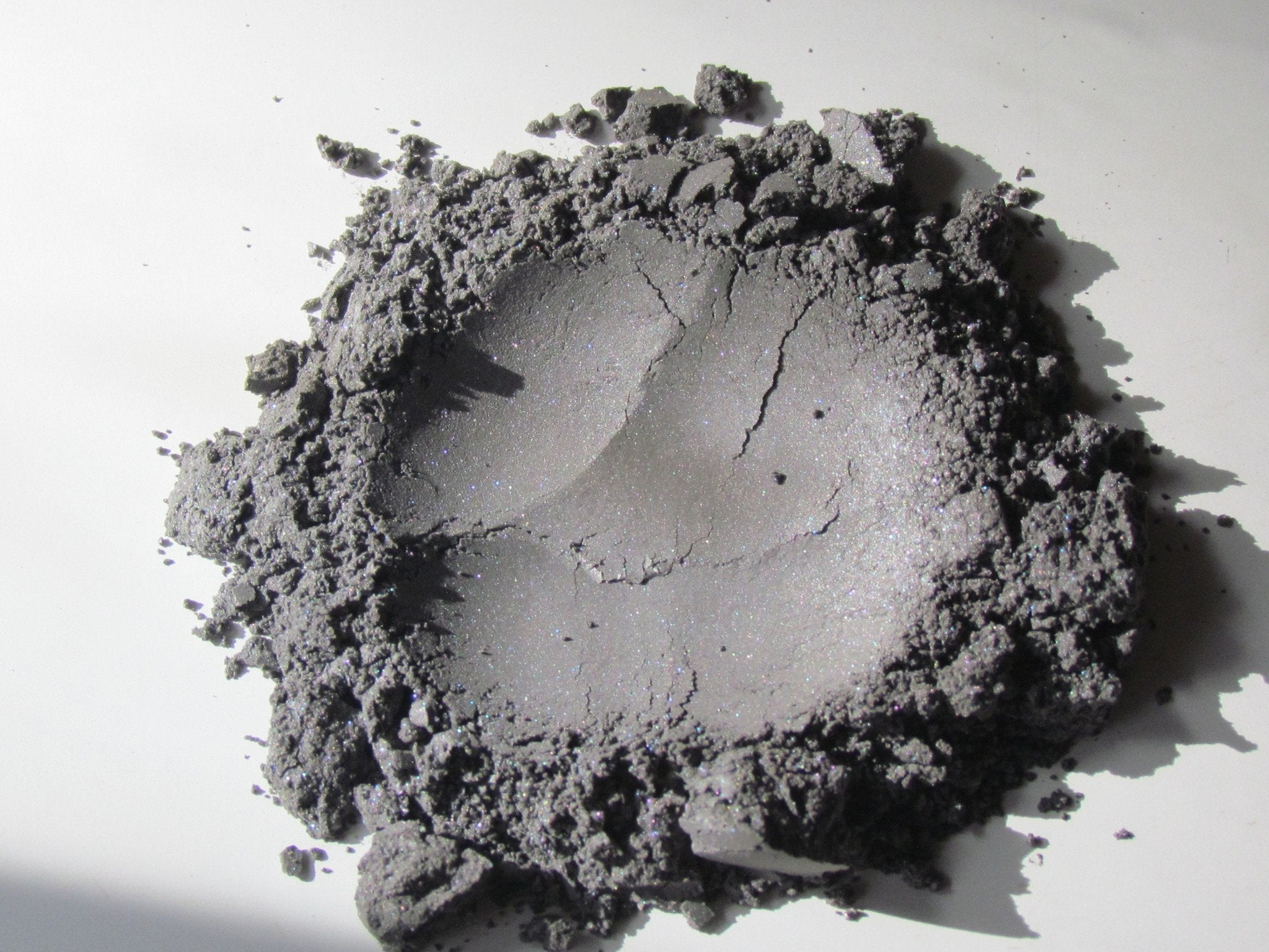 Loose Eyeshadow | Charcoal | Raw Beauty Minerals