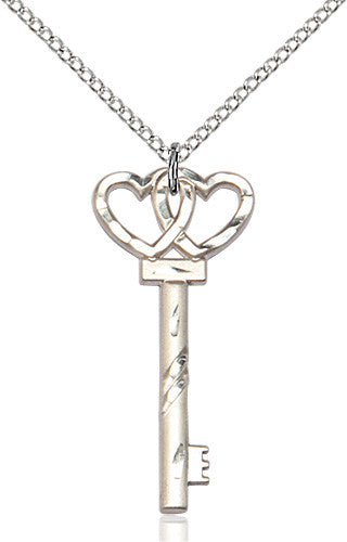 small_key_double_hearts_pendant
