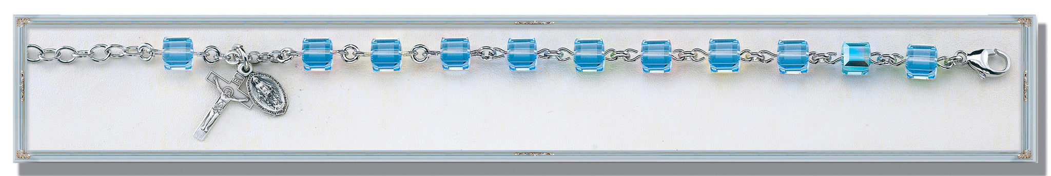 light_sapphire_crystal_faceted_cube_bracelet