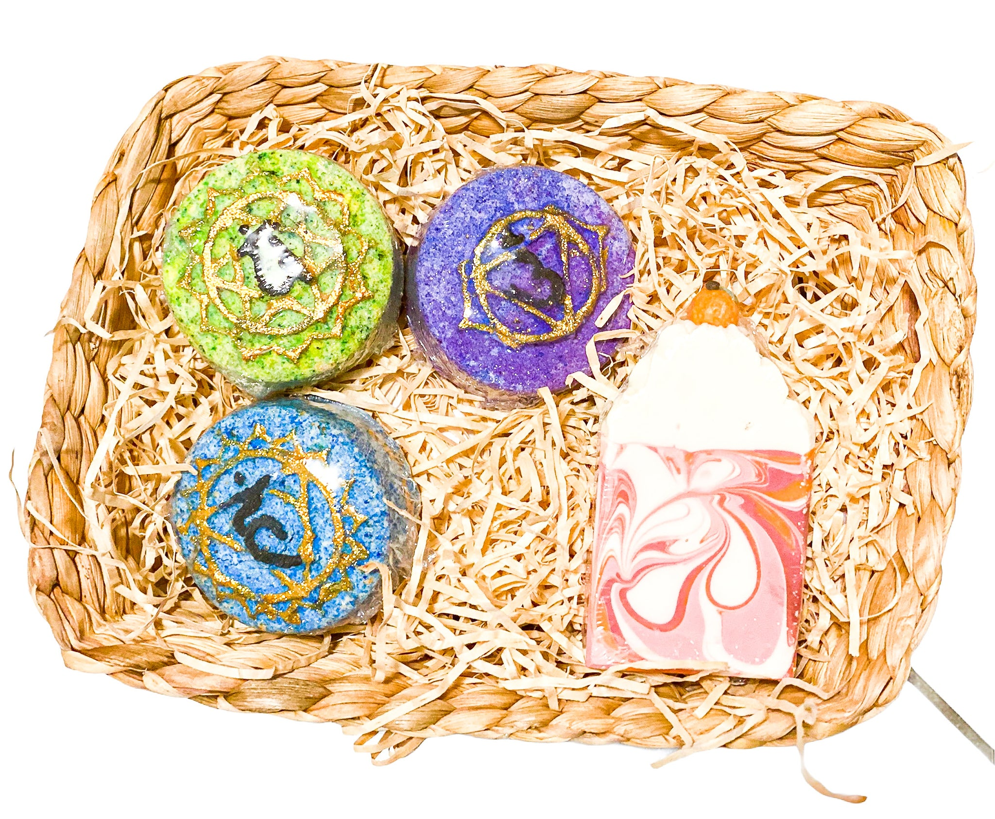 Gift pack with 3 crystal surprise bath bombs
