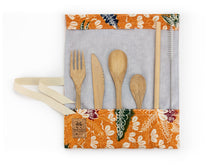 Load image into Gallery viewer, Set de couverts made in France ed. Batik 2020 ocre bambou cuillère