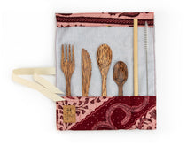 Load image into Gallery viewer, Set de couverts made in France ed. Batik 2020 rose bois de cocotier cuillère