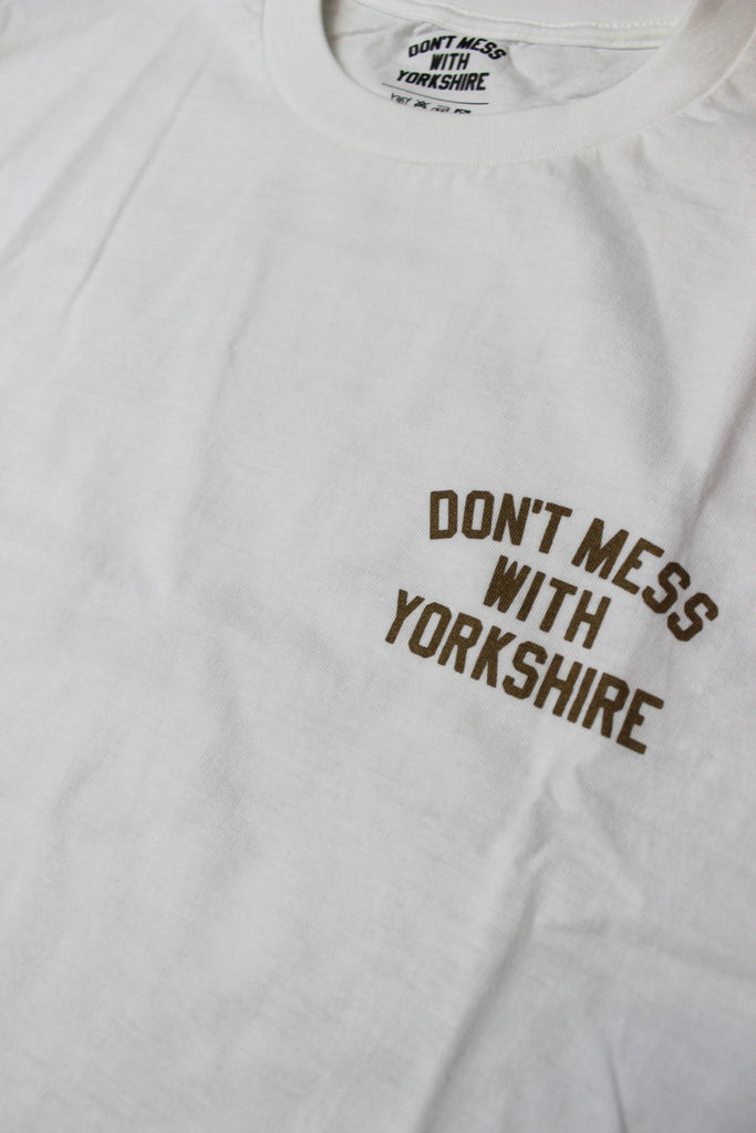 Don't Mess With Yorkshire Rose Short-sleeve T-shirt White / Gold - Endemic Skate Store