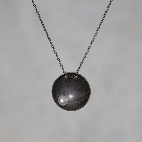 Medium Satellite Pendant