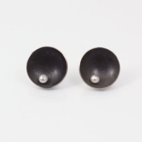 Medium Satellite Studs with Pearl