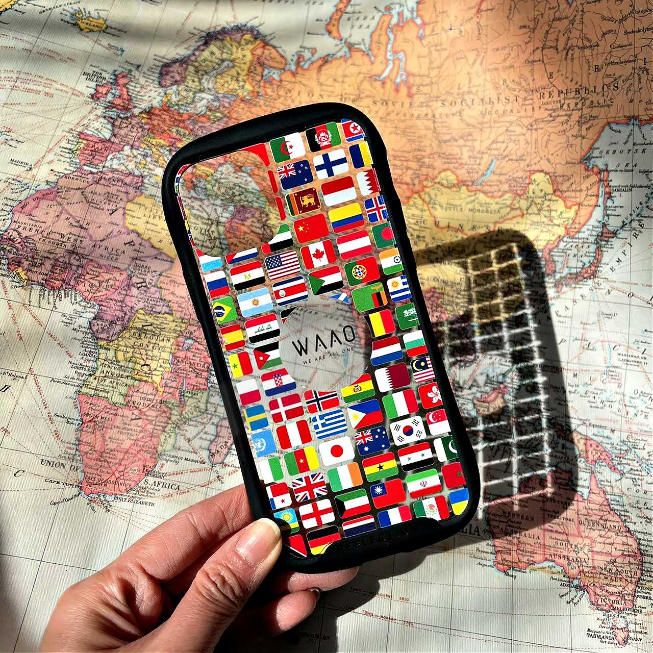 World Flag Reflection Grip Phone Case