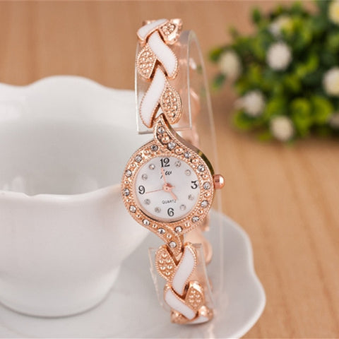 Women Fashionable Luxury Crystal Quartz Wristwatches