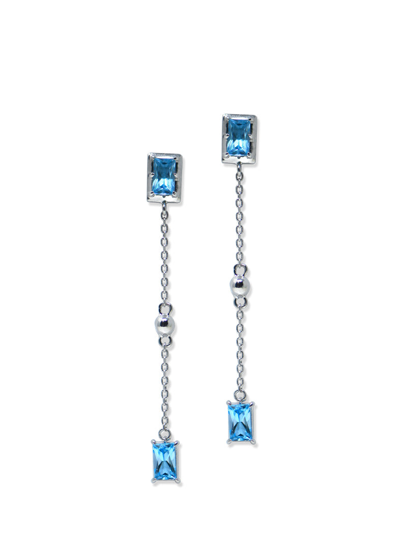 Classique Carré Chain Earrings