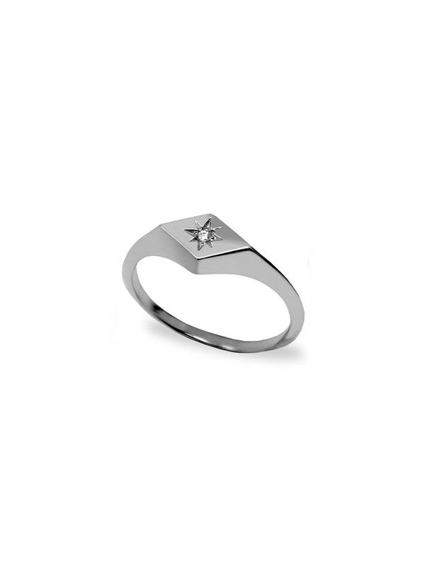 Jac+Jo Icon Vintage Star Signet Ring