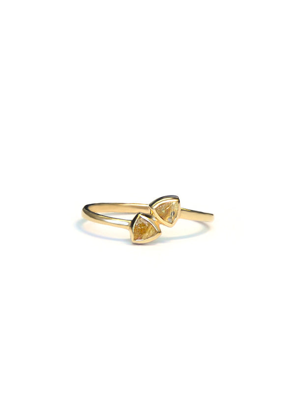Jac + Jo Arrow Twist Ring
