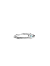 Jac+Jo Arrow Tail Hammered Band Ring
